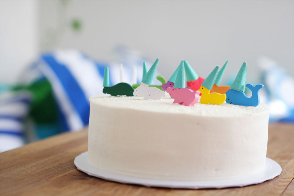 Jestcafe.com--Max's-birthday-cake4