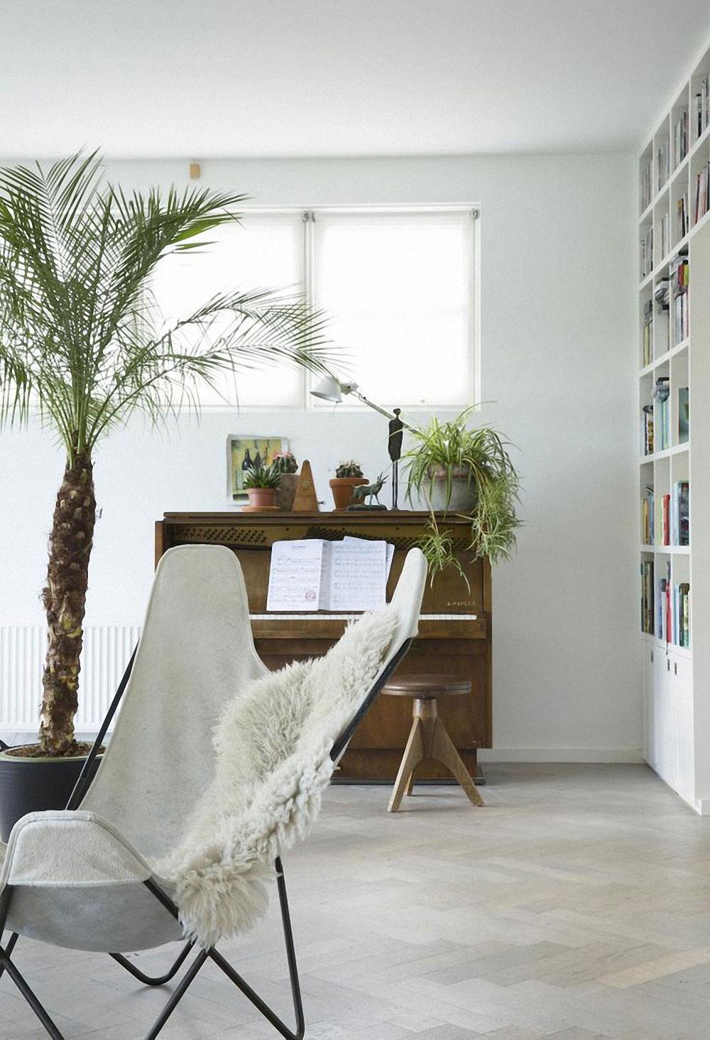 jestcafe.com-butterfly-chair5