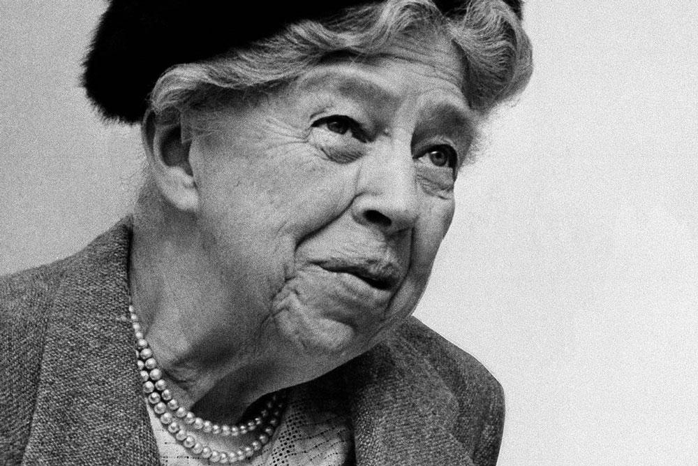 jestcafe.com--Eleanor-Roosevelt-5