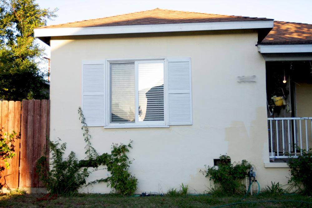 jestcafe.com--grey-house-exterior-9