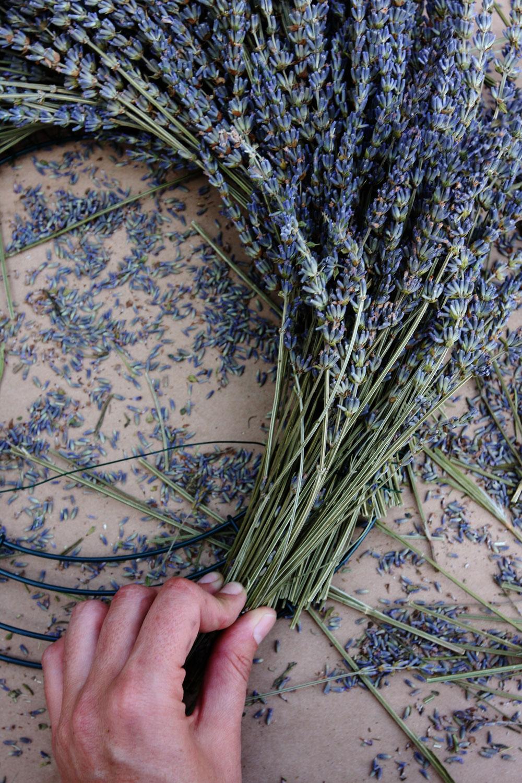 jestcafe.com-lavender-wreath11