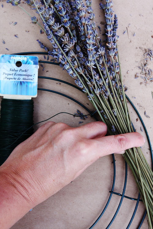 jestcafe.com-lavender-wreath17