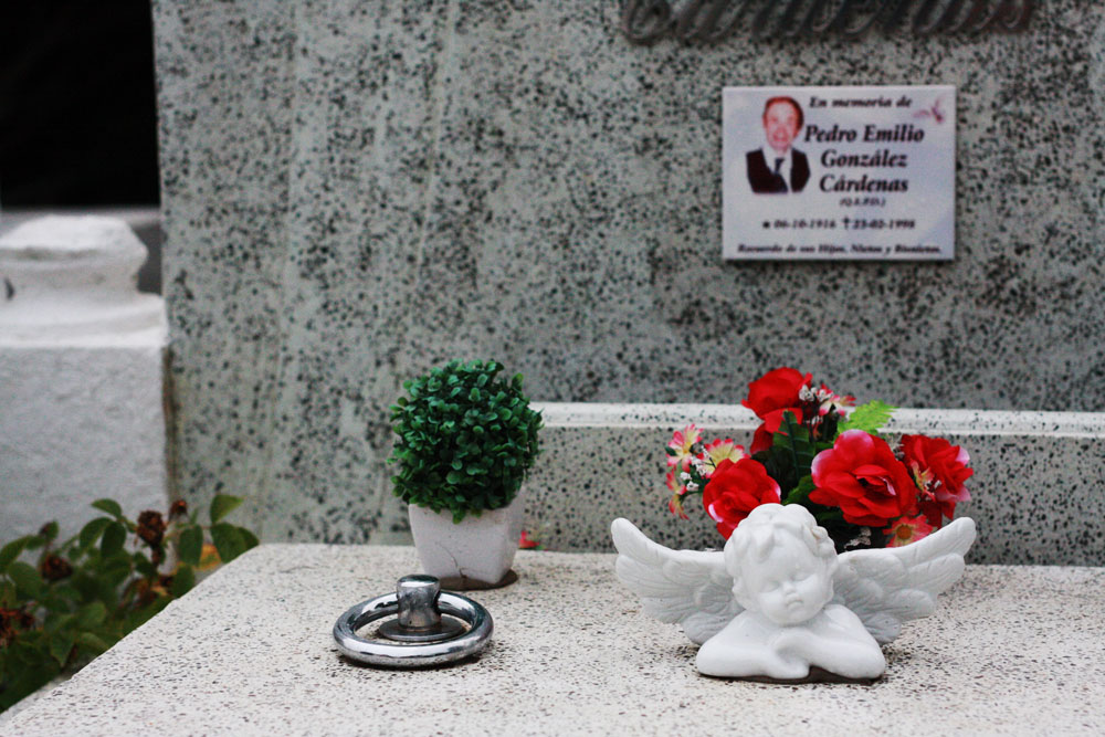 jestcafe--Punta-Arenas-Cemetery66