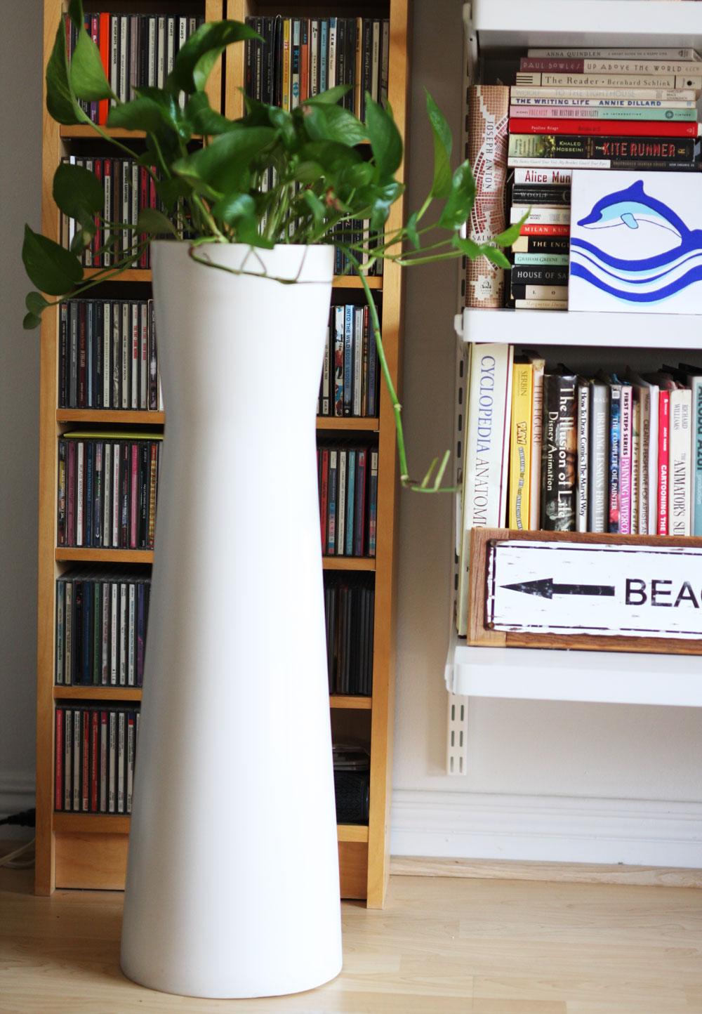 jestcafe.com-bookshelves3