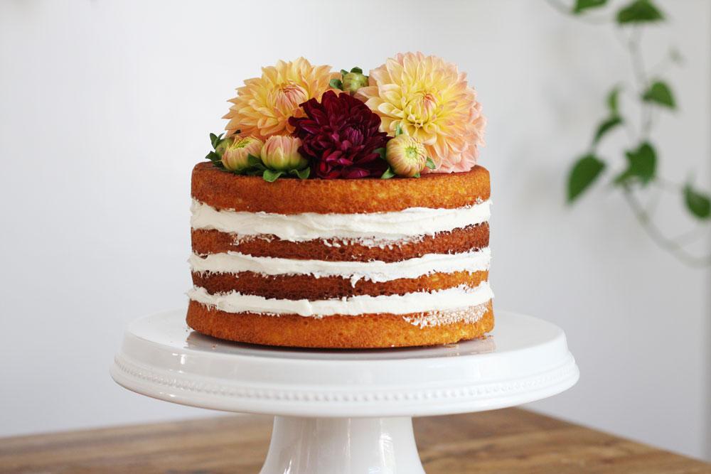 jestcafe.com-babyshower-and-naked-cake13