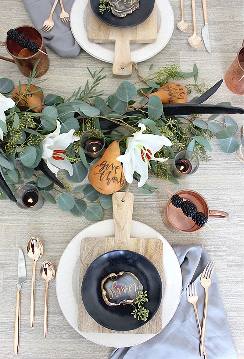 jestcafe-com-15-thanksgiving-tablescapes-12