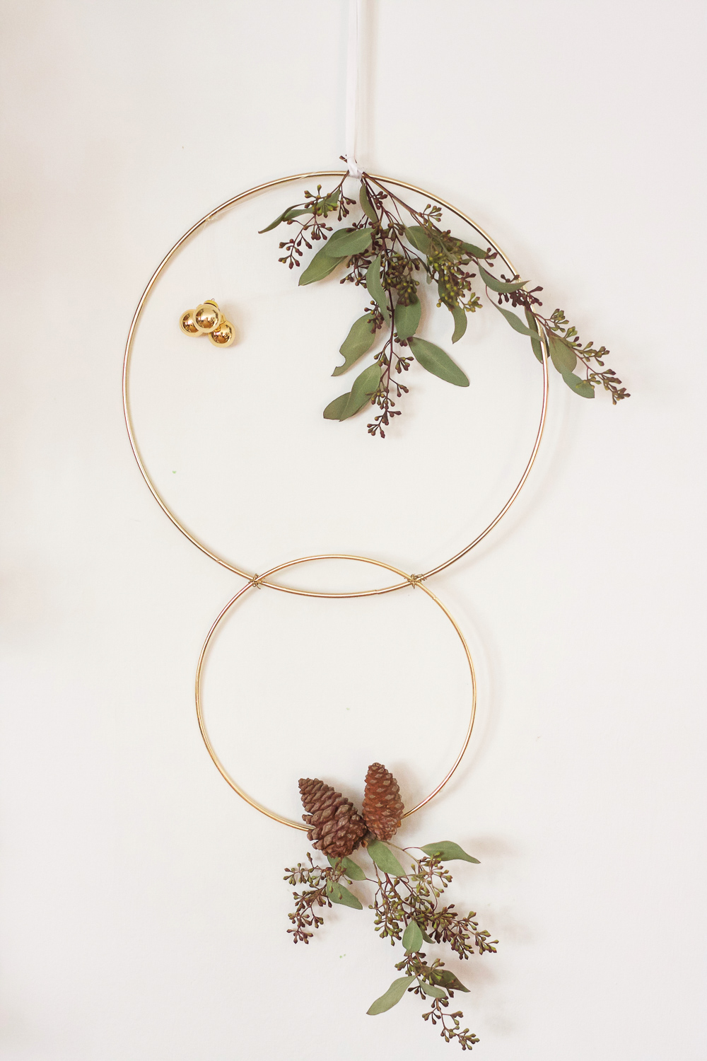 3 cute gold ring wreath diy s   jest cafe