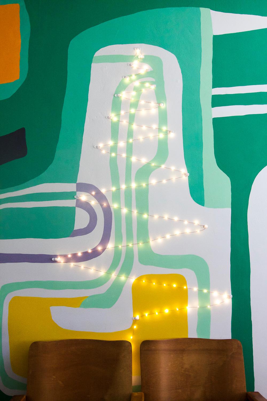 string light tree