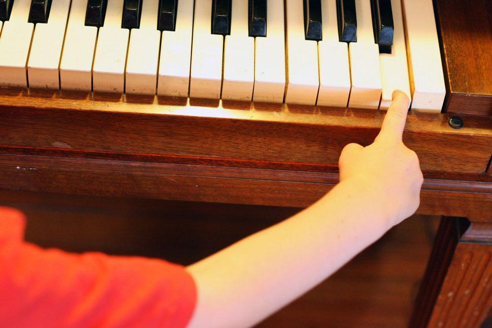 jestcafe.com-how-to-chose-piano-teacher7