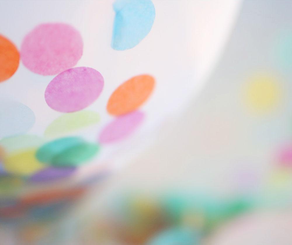 jestcafe.com-balloon-confetti2