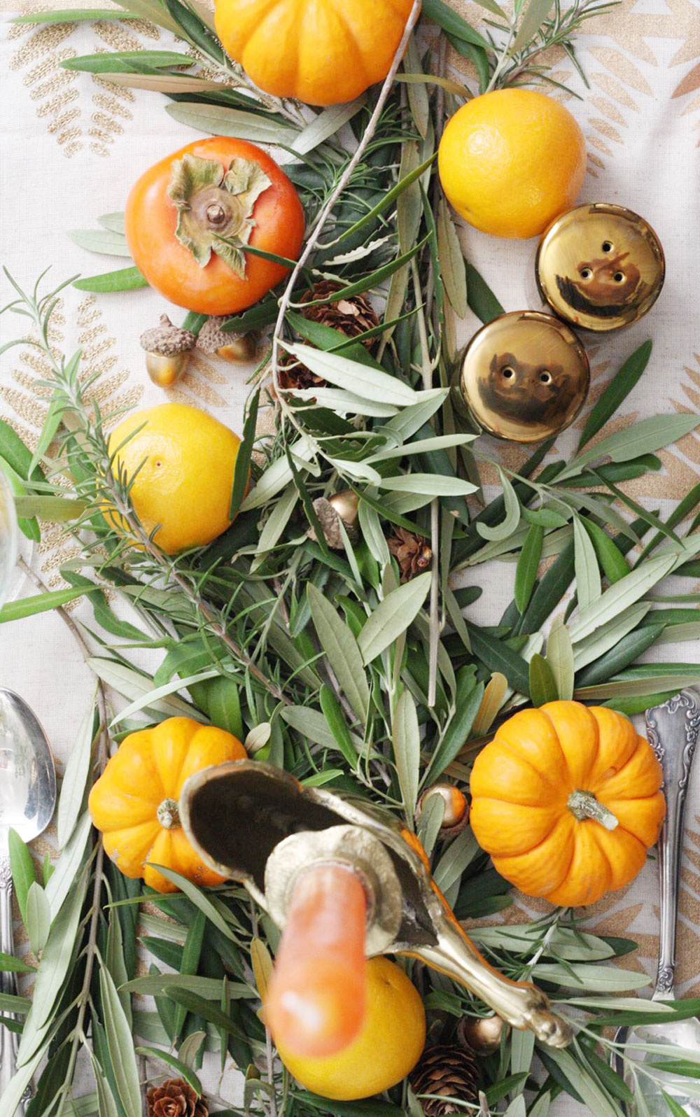 jestcafe.com-thanksgiving-table-setting4