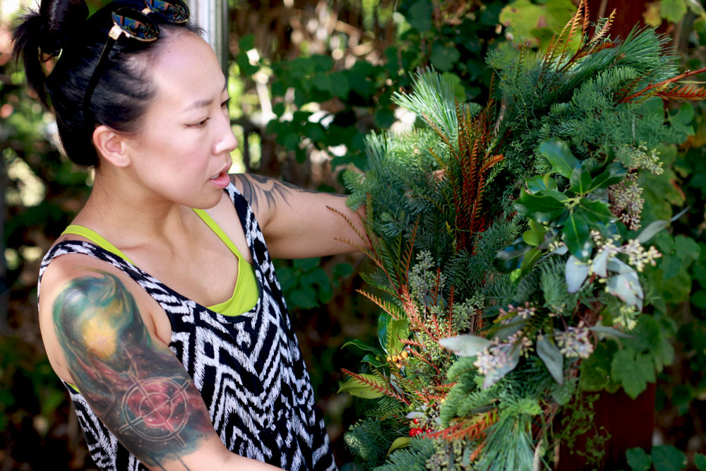 jestcafe.com-wreath-making14