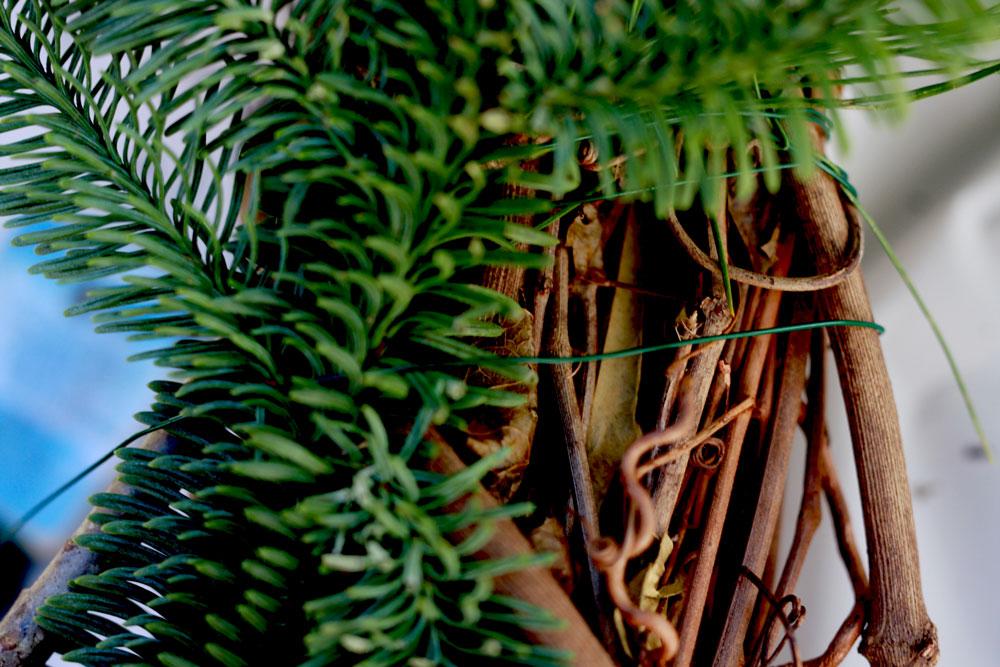 jestcafe.com-wreath-making23