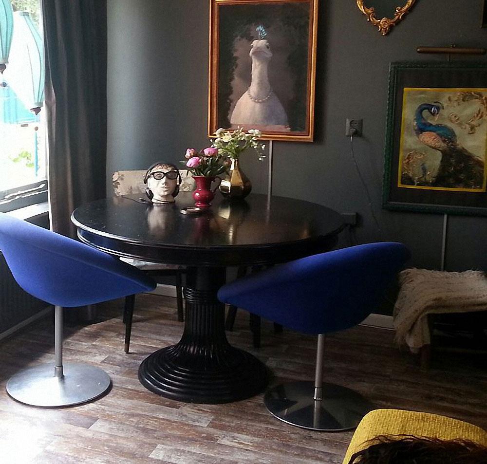 Grey Rooms - Jest Cafe