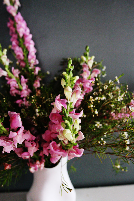 jestcafe.com-flower-arrangements23