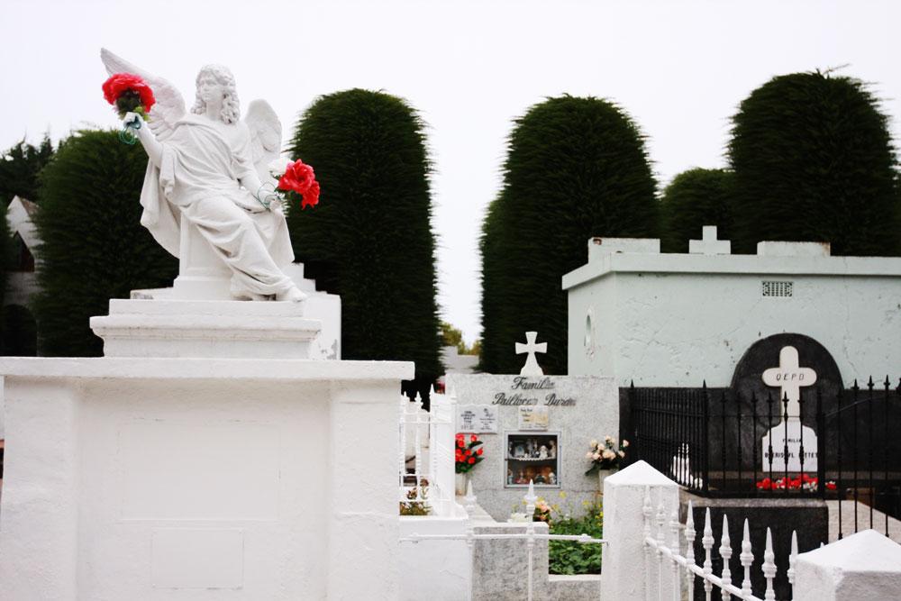 jestcafe--Punta-Arenas-Cemetery2