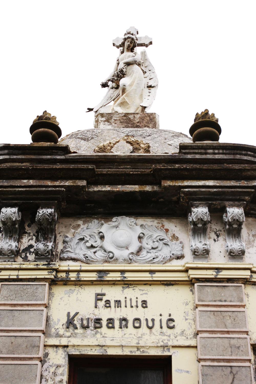 jestcafe--Punta-Arenas-Cemetery5