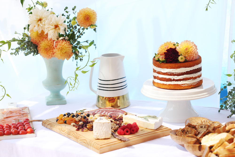 jestcafe.com-babyshower-and-naked-cake35