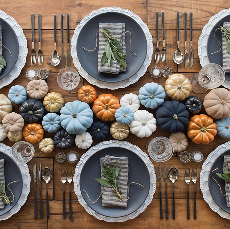15-thanksgiving-tablescapes-11