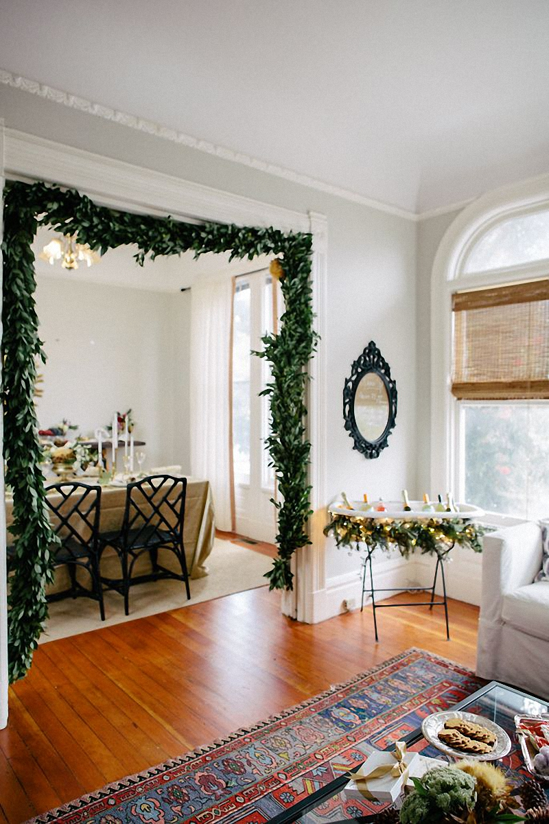 jestcafe-com-decorating-with-greenery-for-the-holidays2