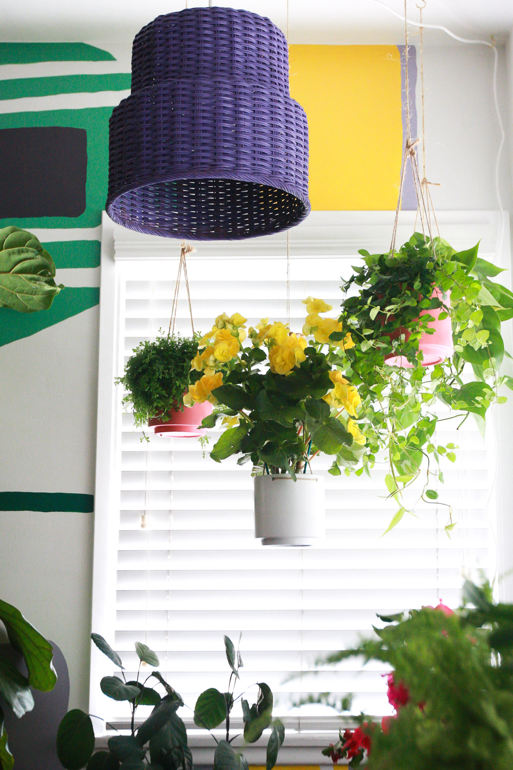 make a lamp with a basket
