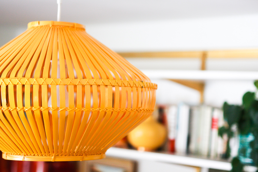 choosing a new lamp shade
