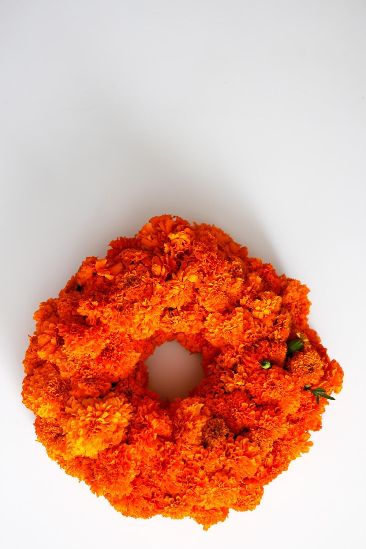 marigold wreath dia de los muertos